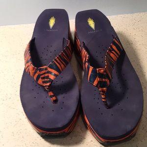 Volatile wedge flip flops / sandals